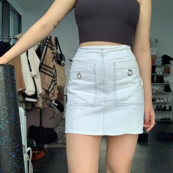 Vintage white mini skirt